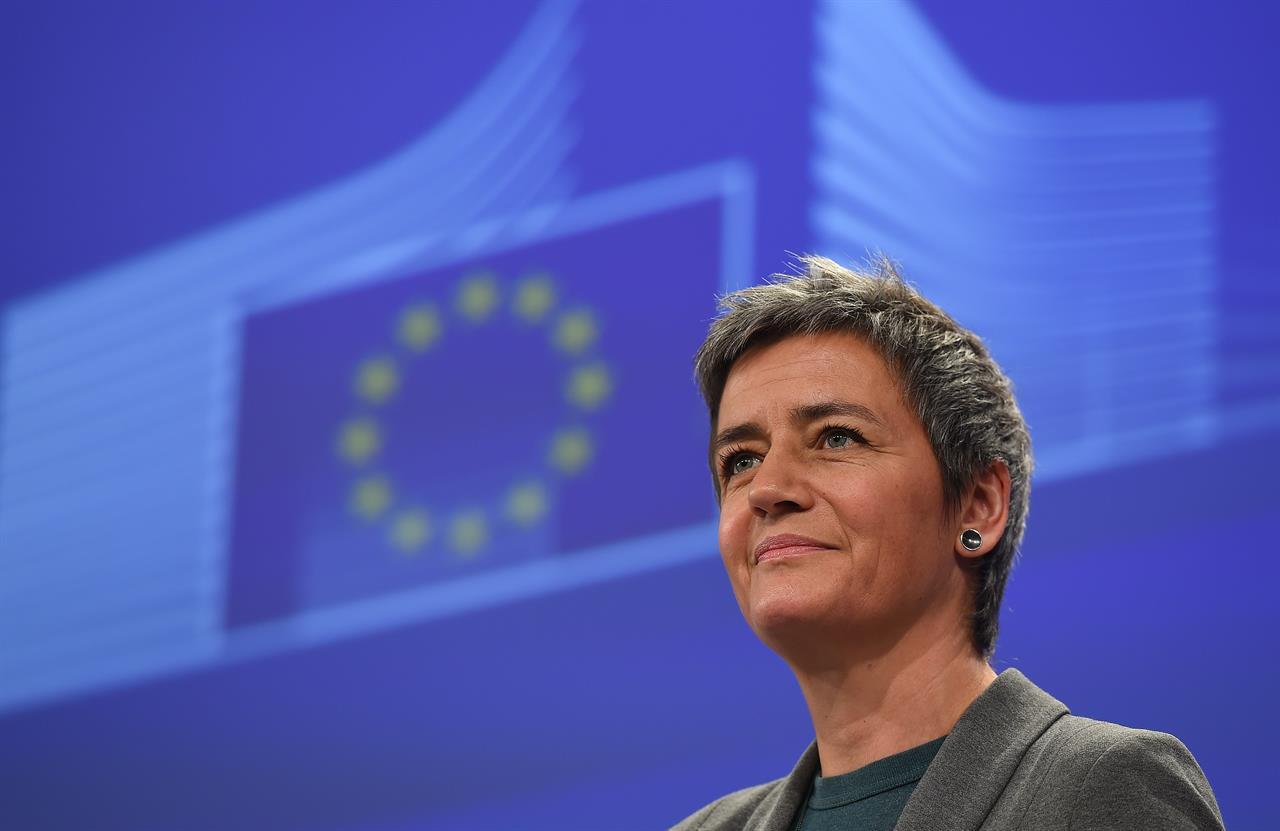 Esposito: «L'ipocrisia dell'Unione Europea, il più grande paradiso fiscale del mondo»