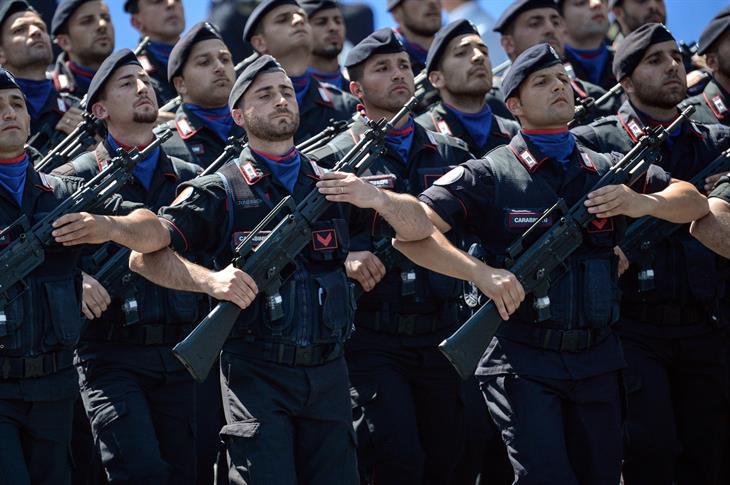 Carabinieri ANDREAS SOLARO:AFP:Getty Images)