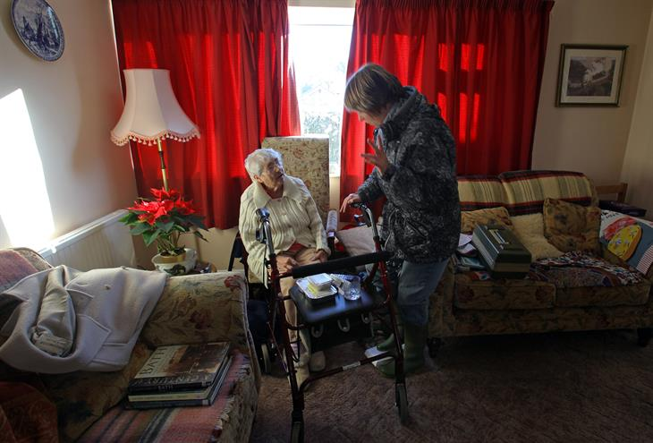 Matt Cardy:Getty Images Caregiver Familiare